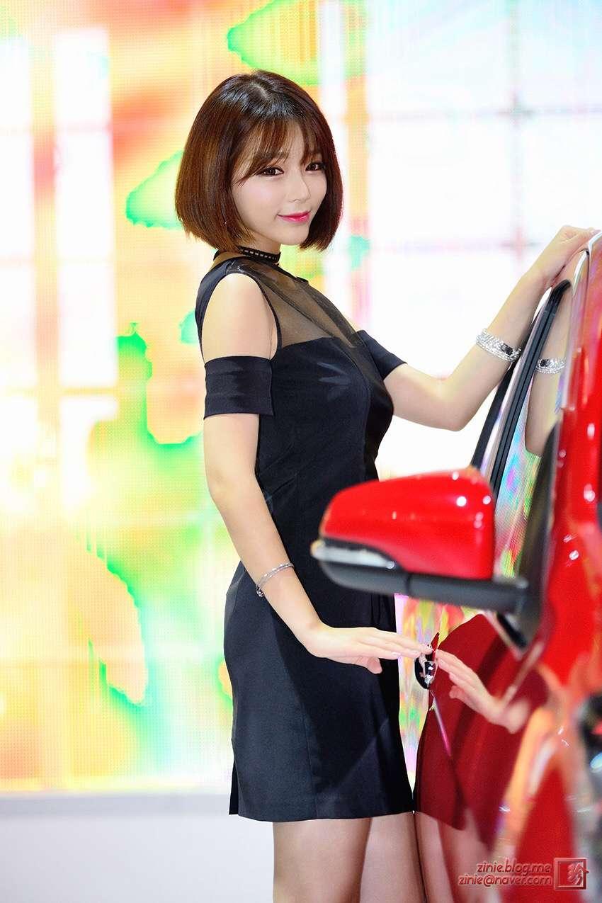 短发美女车模