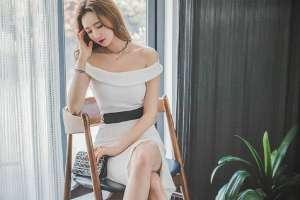 韩国美腿气质少妇高跟秀长腿
