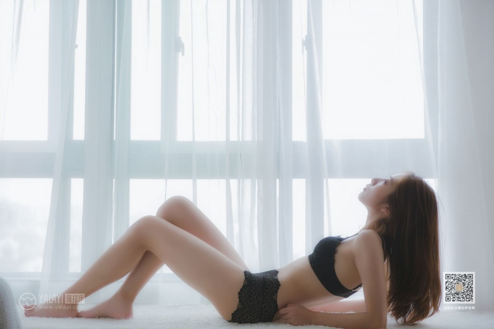 性感美女居家私房写真图集